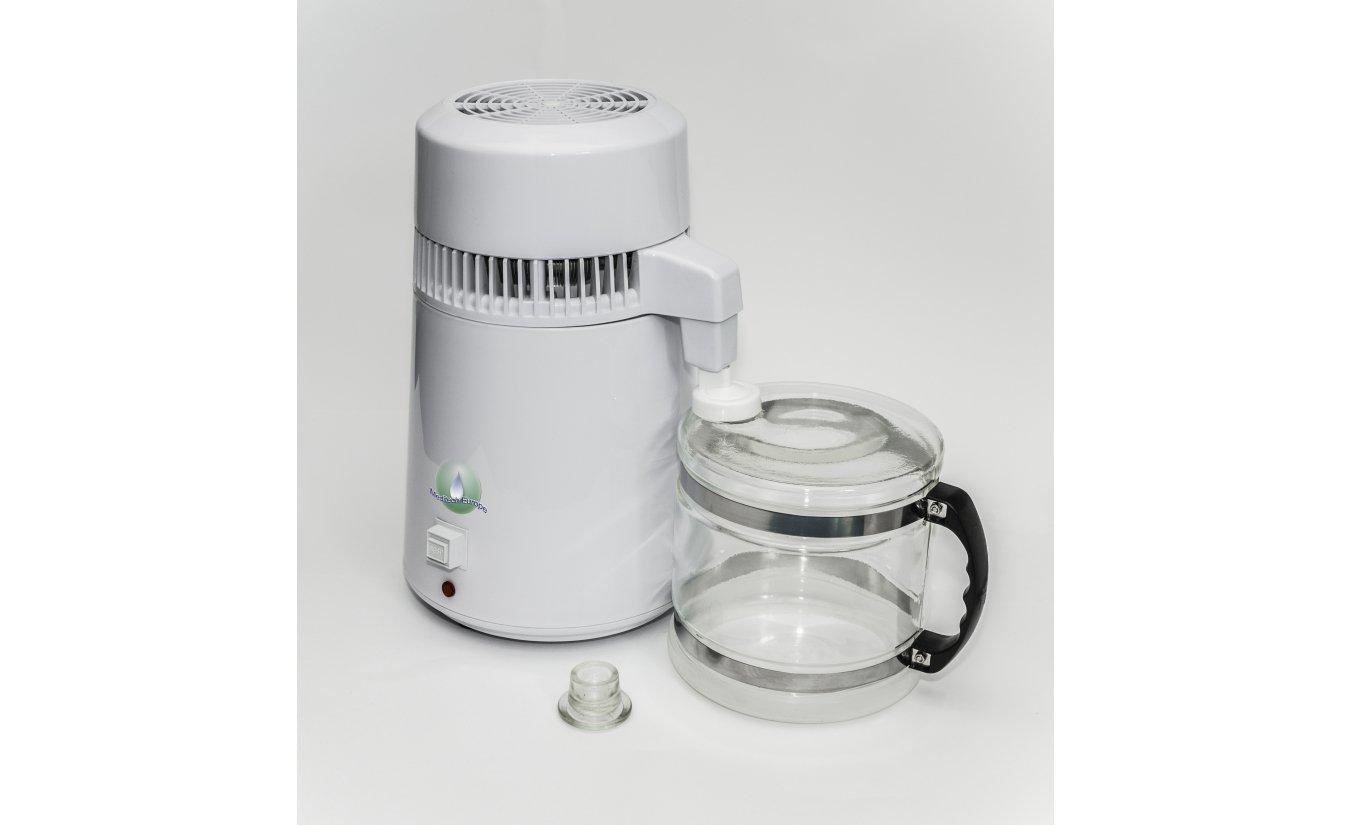 Demo  Wasser Destilliergerät MD 4L leicht beschaegt